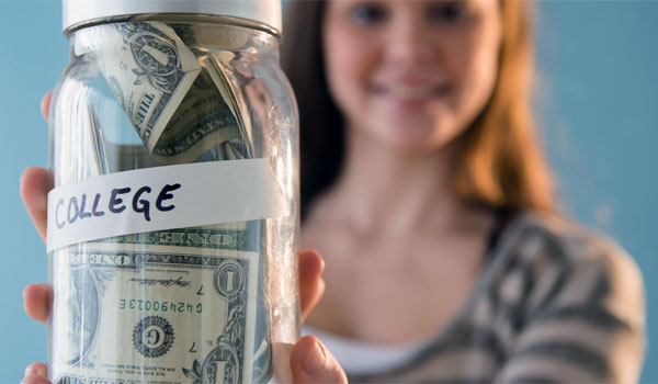 Avoiding Being Broke: 5 Financial Tips For New College Students